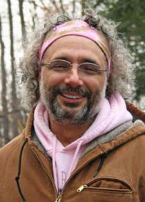 web_Eric-beard-pink